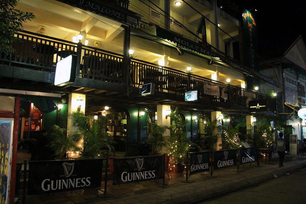 Pubs wohin das Auge reicht in Siem Reap