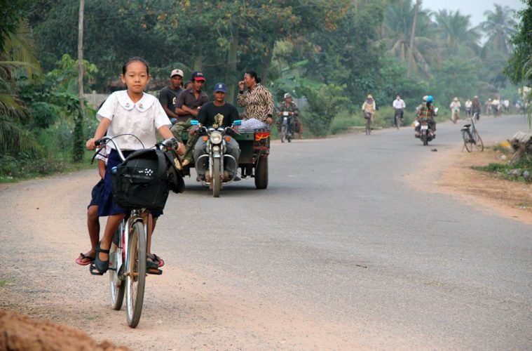 Landstraße in Siem Reap