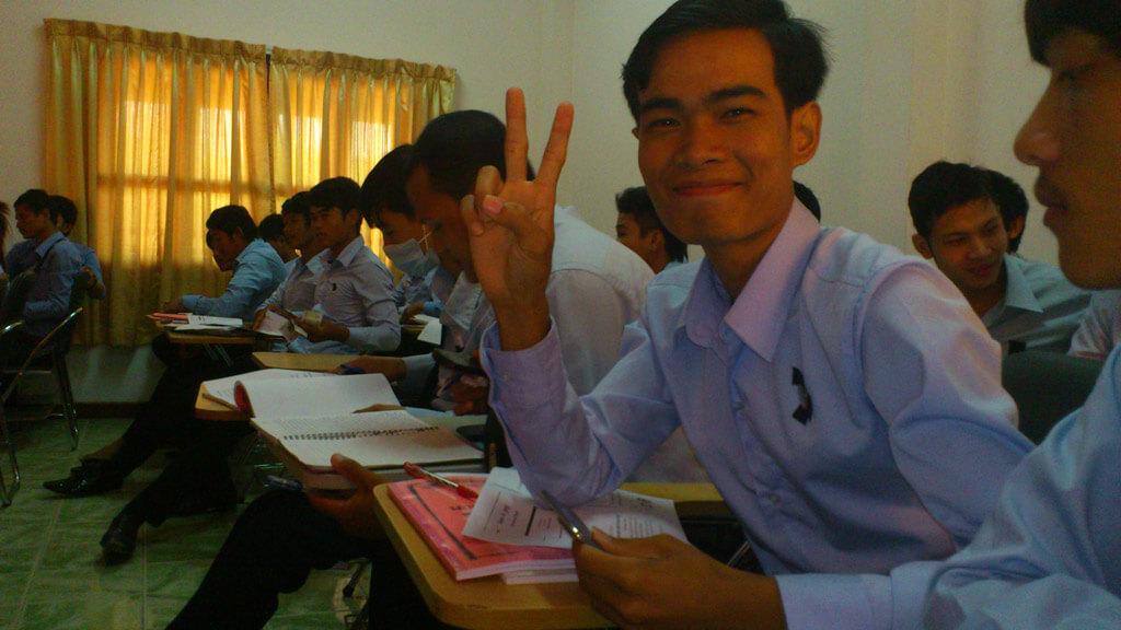 Ly Heng berichtet über seinen Studienbeginn