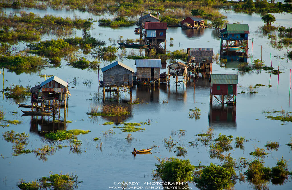 Flooding Village © Mardy Suong