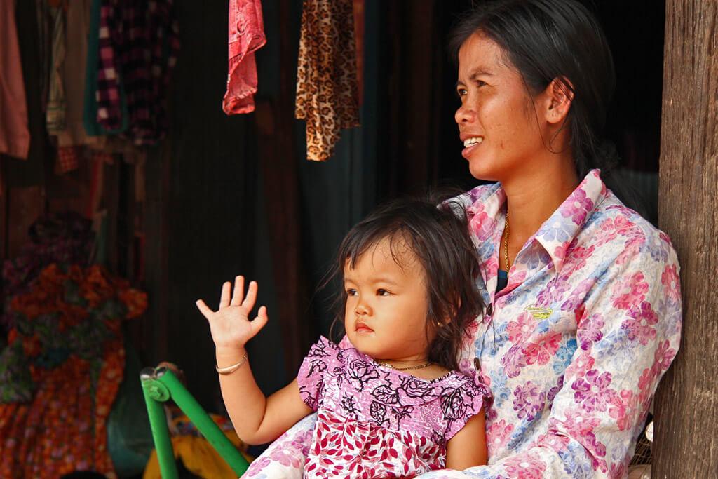 Die traditionelle Geburt eines Kindes in Kambodscha