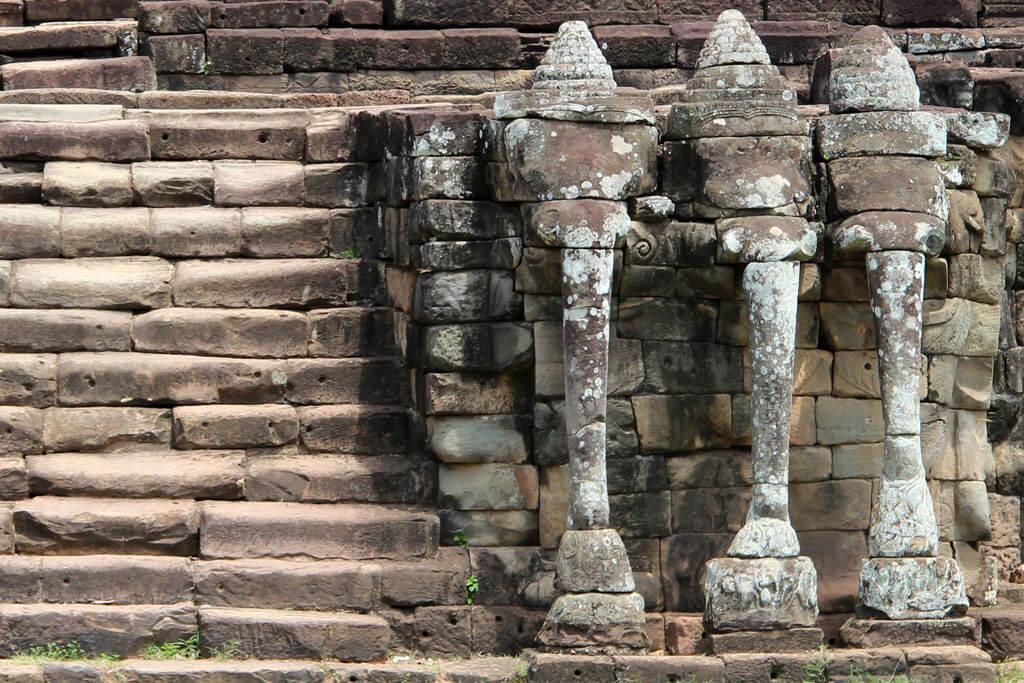 Von der Haupttreppe aus wohnte der König den Spielen bei.