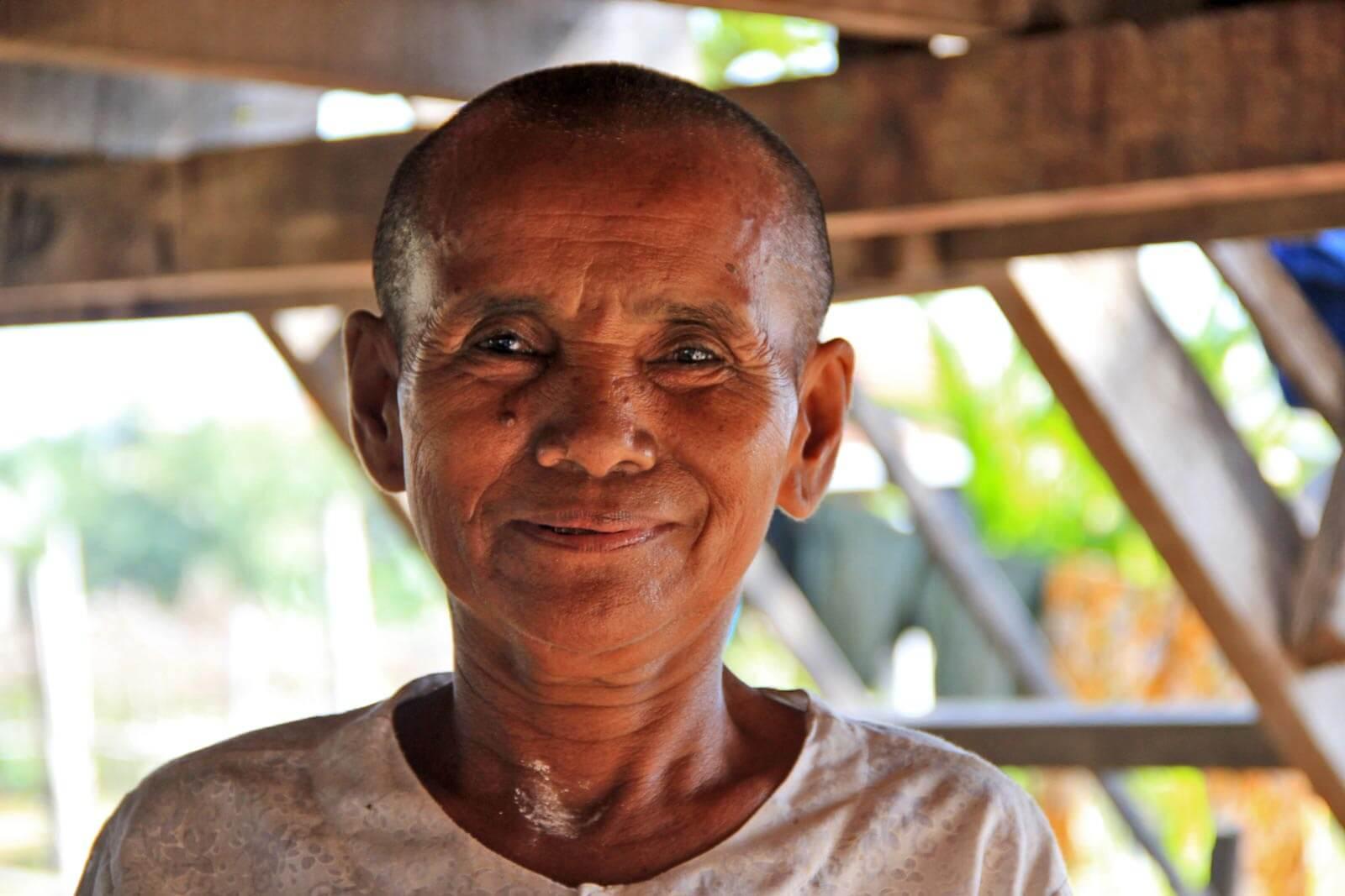 Cambodia-Smile-Woman