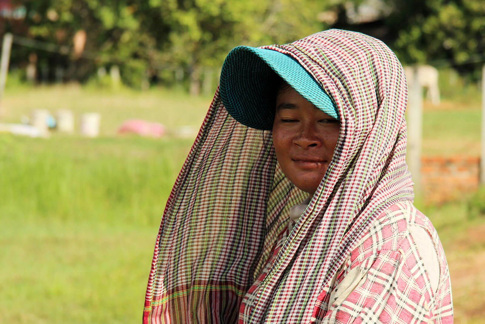 cambodia-smile-duck-farmer