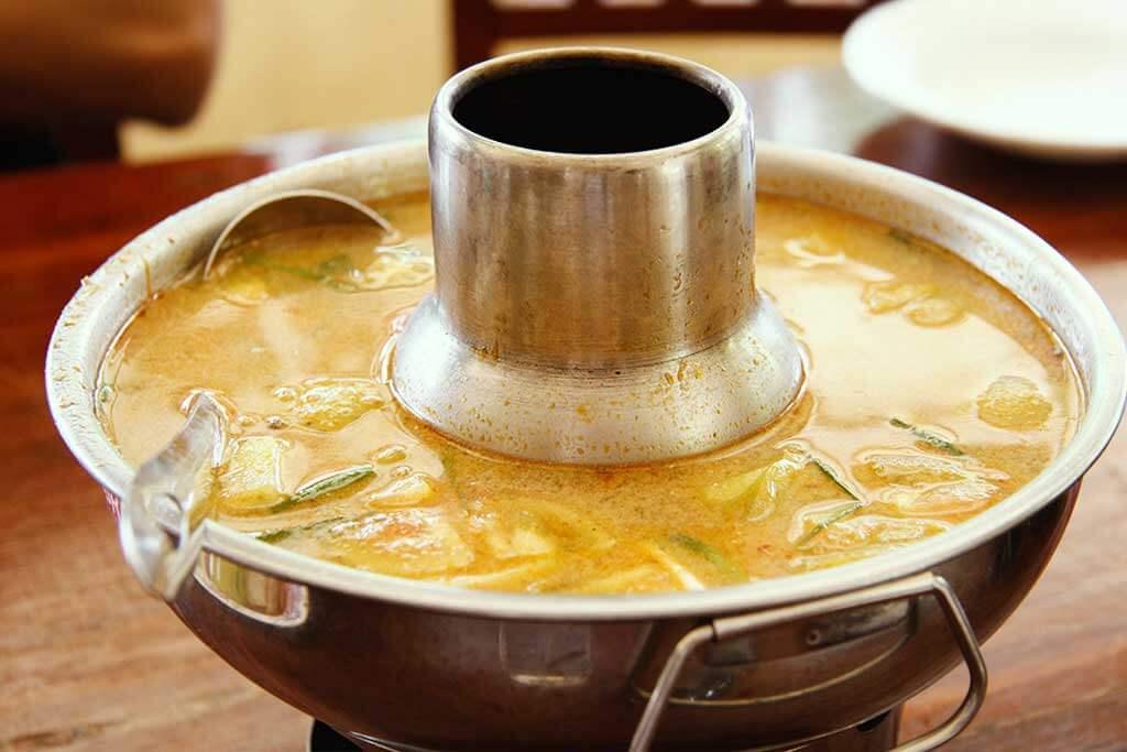 Kambodschanische Suppe (Samla)