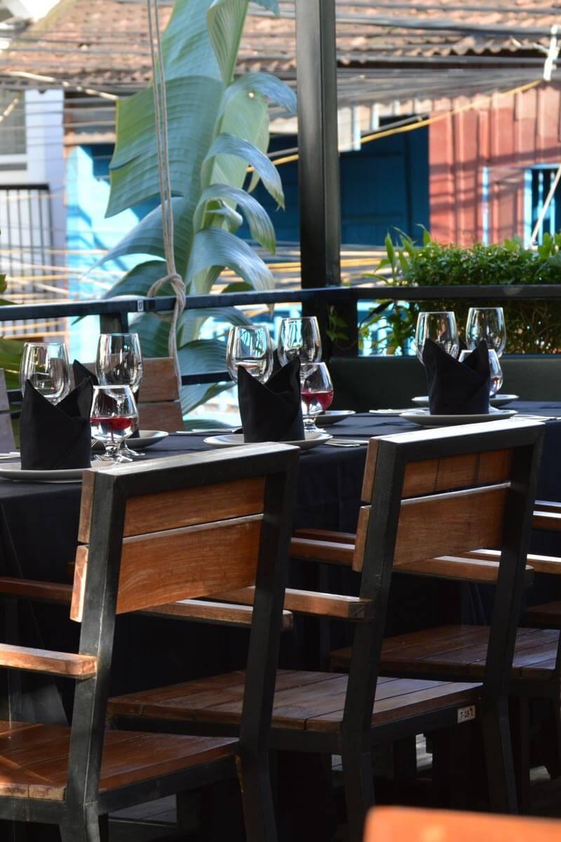 ABBA Cafe Siem Reap, Terasse auf der ersten Etage