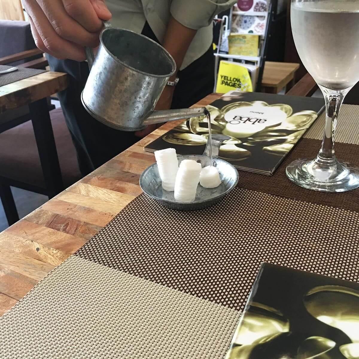 ABBA Cafe Siem Reap, Service