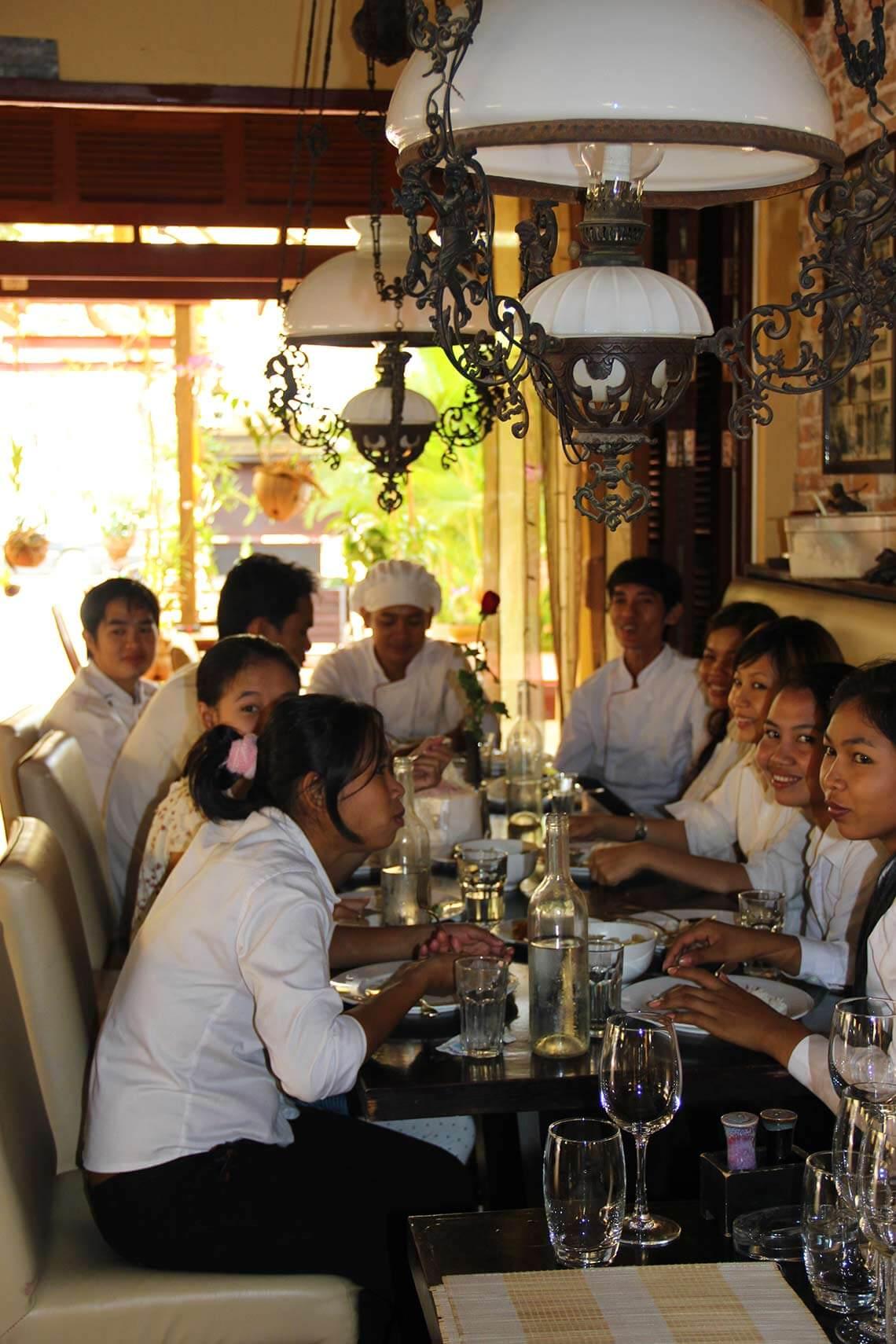 Teambesprechung Restaurant Siem Reap
