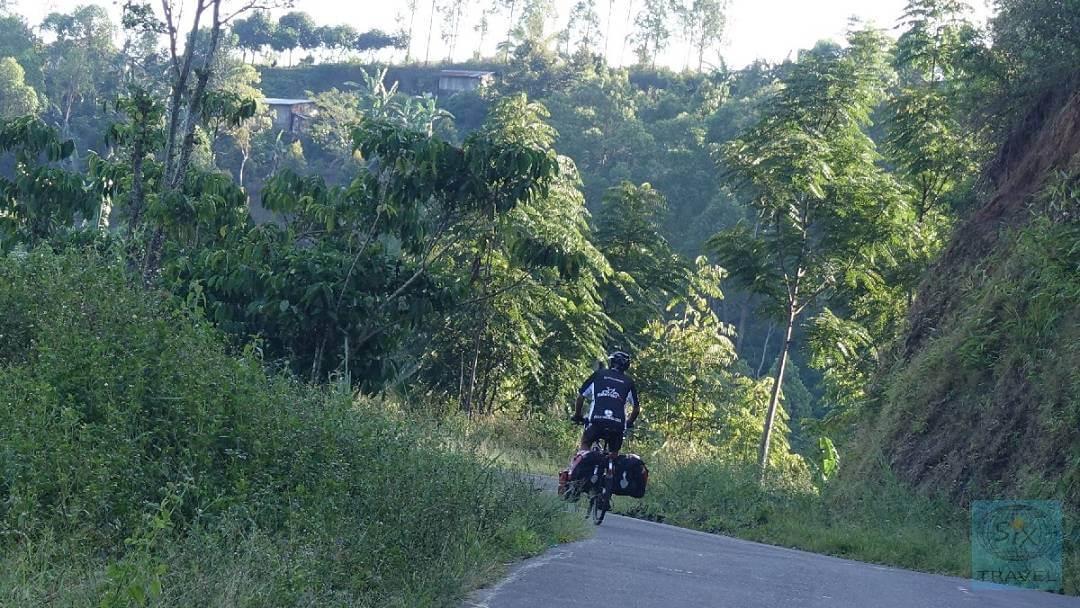 Anstiege auf der Insel Flores Eddy