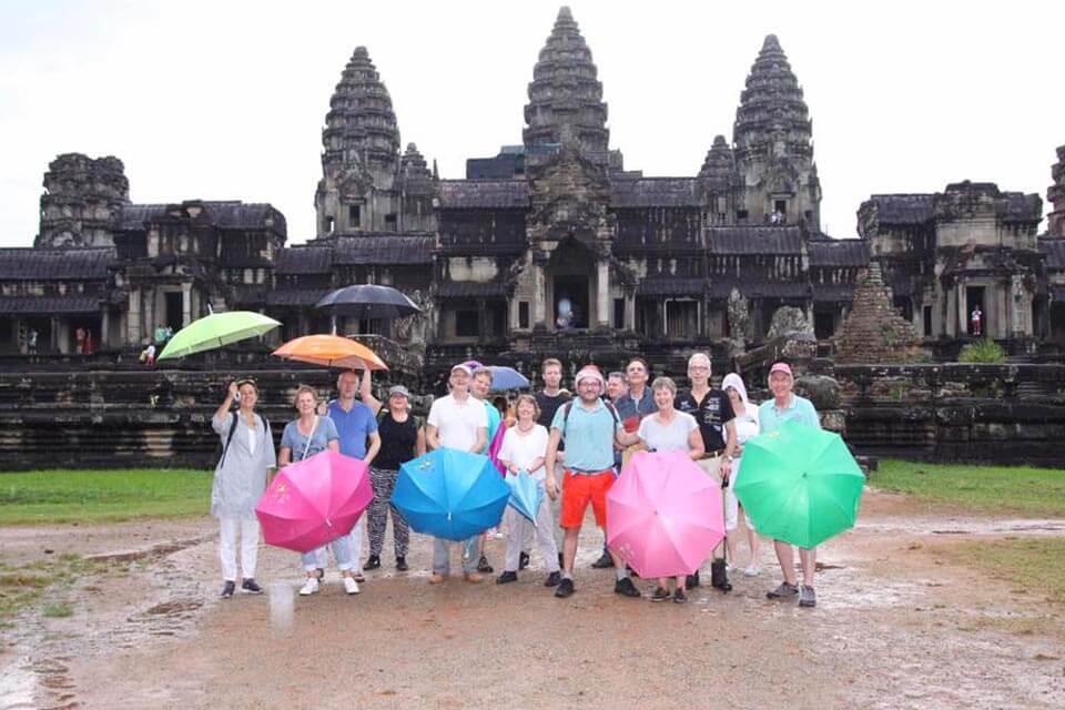 Angkor Wat im Regen | Lies Hoogeveen