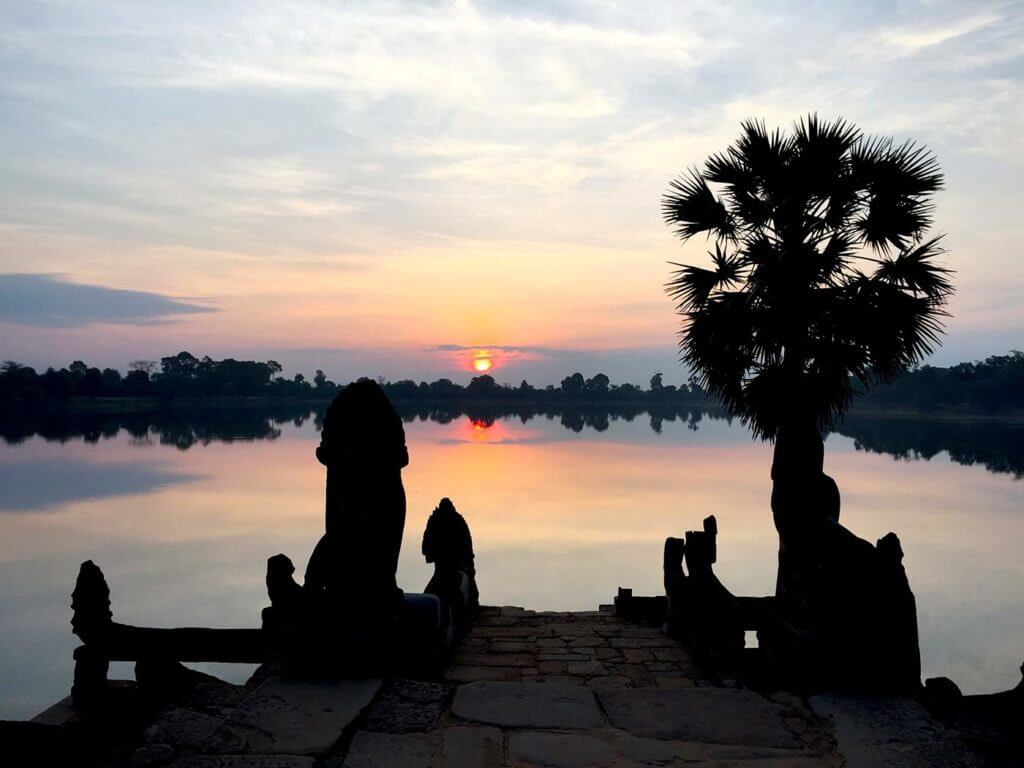 Sonnenaufgang am Srah Srang See | Nicole Roussey