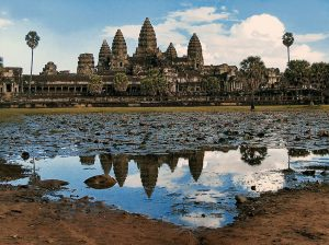 Angkor Wat mit Seerosenteich | Plony A A Bruynooge