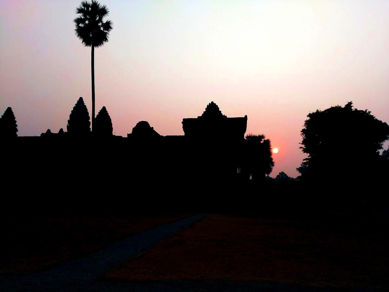 Sonnenaufgang Angkor Wat - Lee Heng Hoeurng