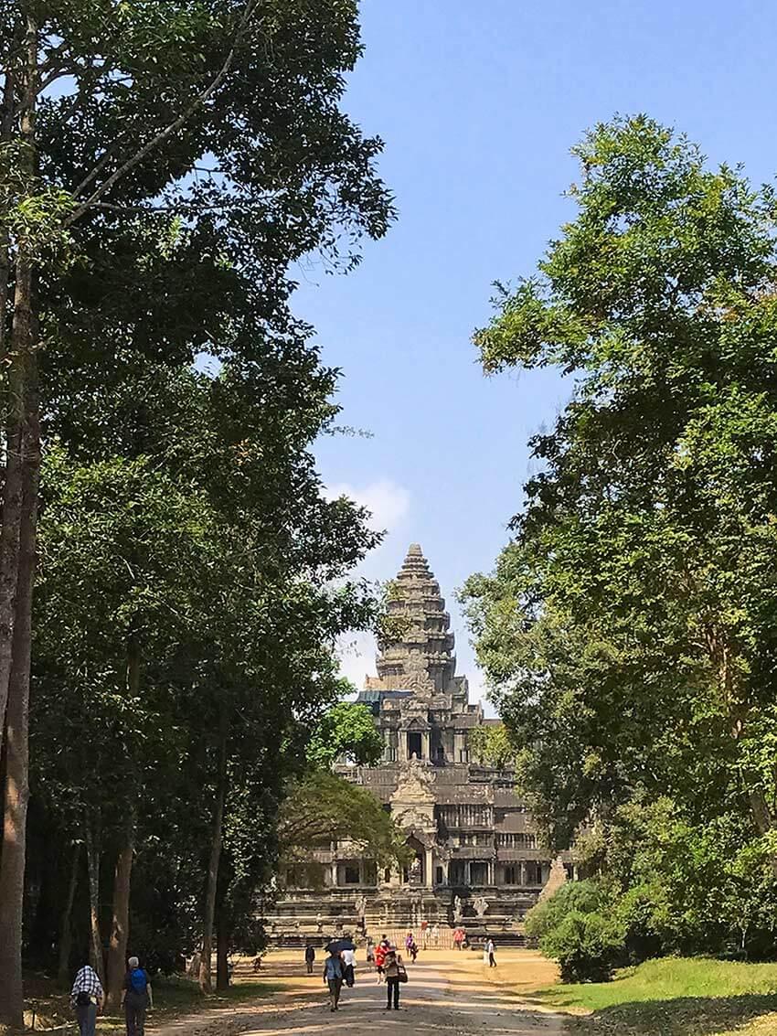 Osteingang Angkor Wat | Gabriele Drossos