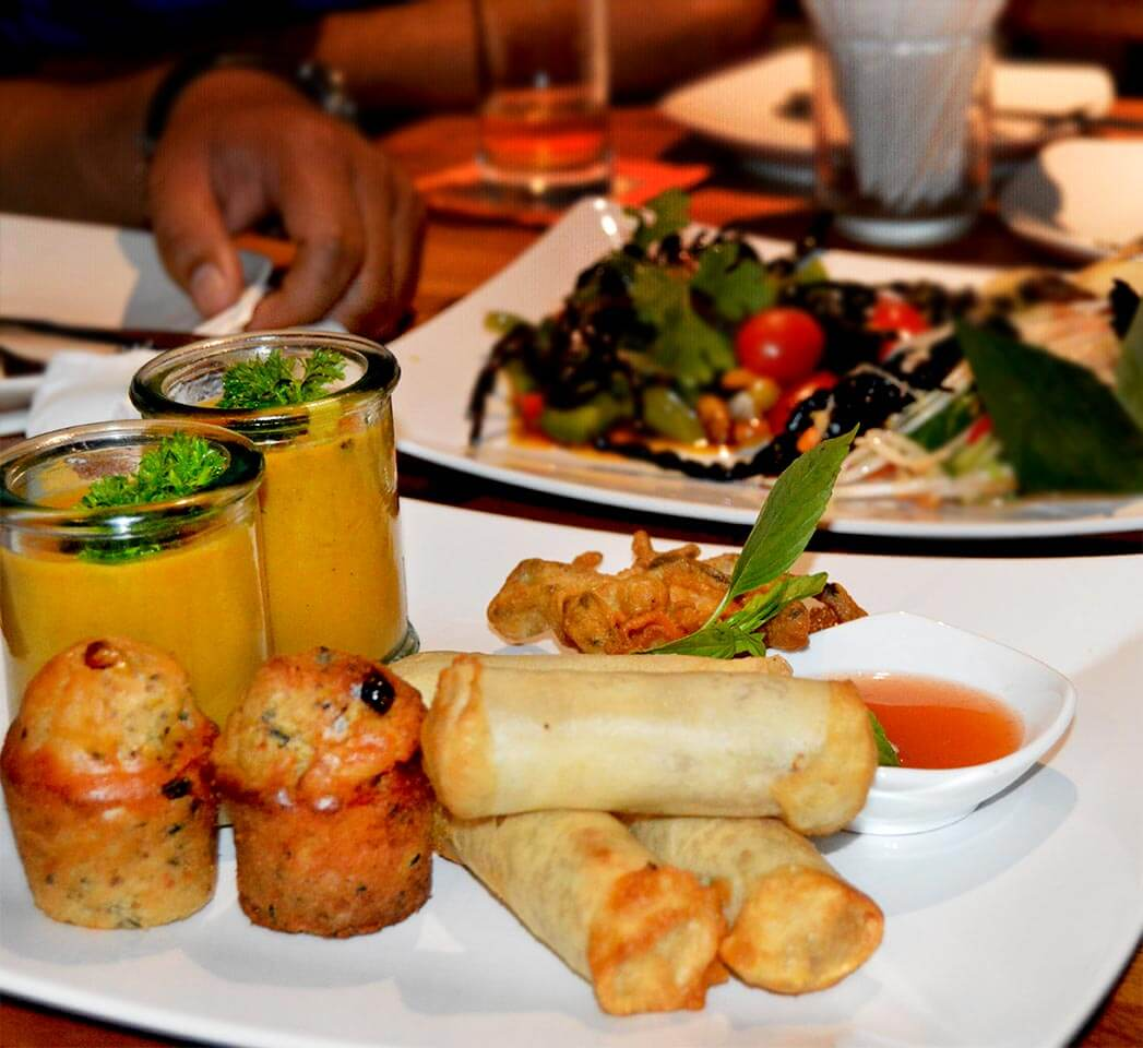 Insektensuppe, Muffins und Frühlingsrollen im Bugs Cafe in Siem Reap