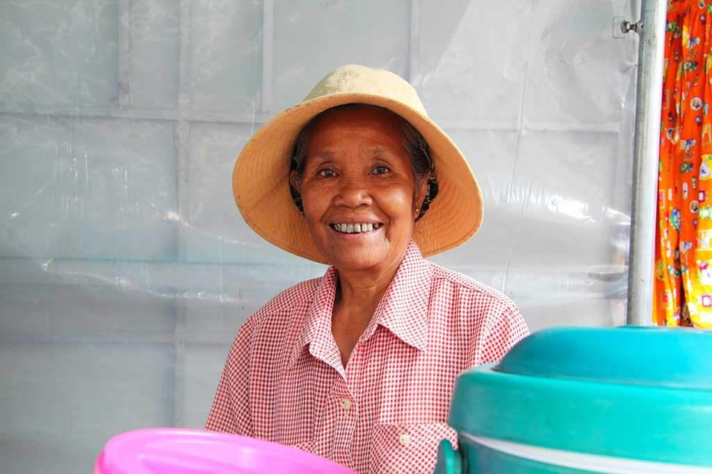 Marktfrau in Siem Reap, Kambodscha