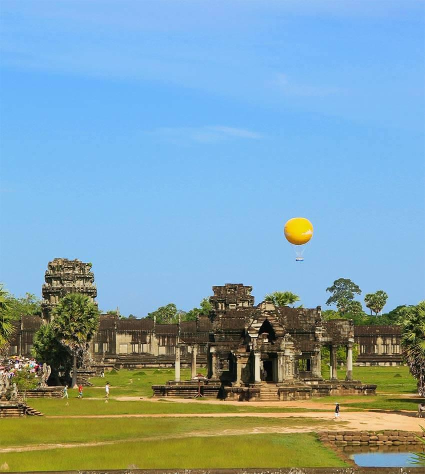 Ballonfahrt, Angkor Siem Reap - blauer Himmel