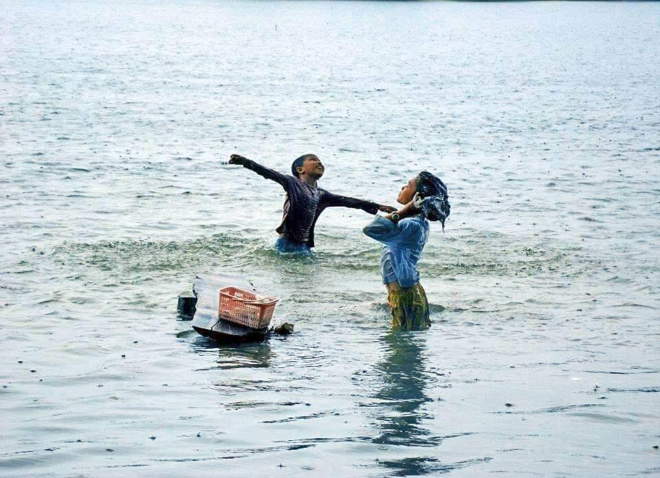 Kinder im Srah Srang See in Siem Reap