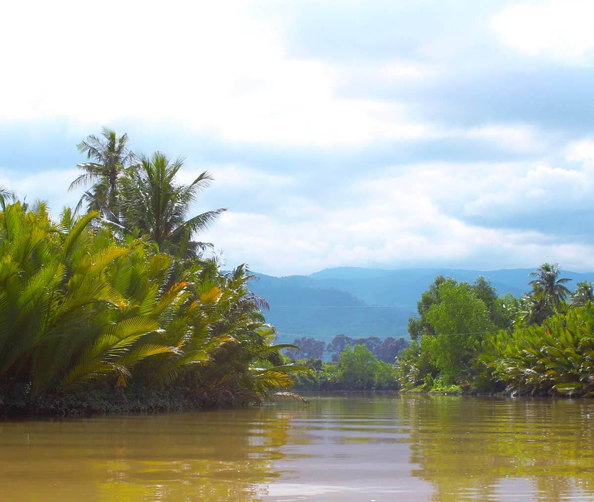 Bootstour - Love The River - Kampot River