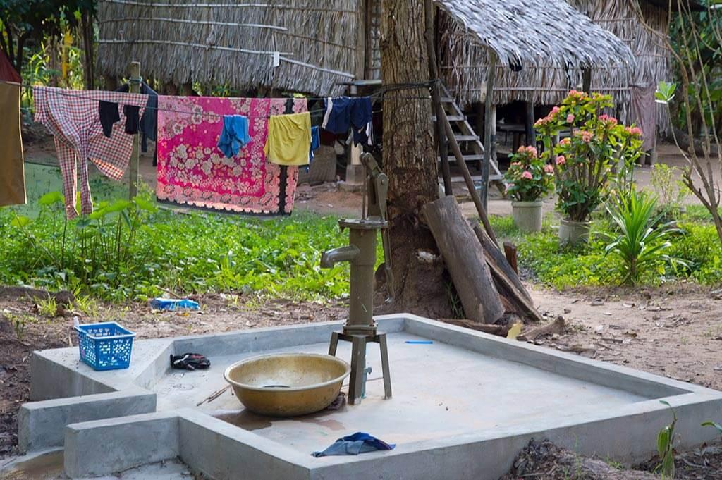 ein nachmittag mit chris gr nder der ngo camborea in kambodscha. Black Bedroom Furniture Sets. Home Design Ideas
