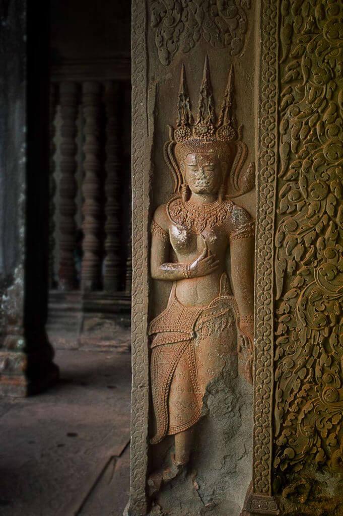 Angkor Wat - Seerosenteich im Süden am Morgen zur blauen Stunde