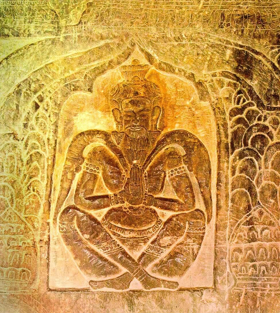 Angkor Wat - Eremit am Nordost Relief: Vishnu gegen den Dämonen Bana