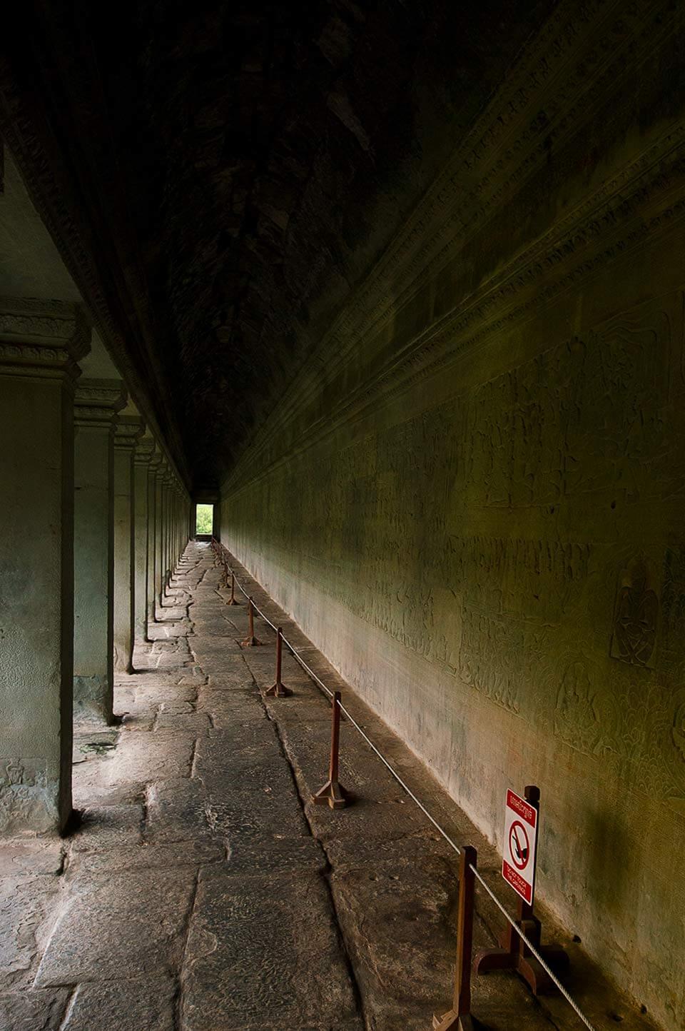 Angkor Wat, Galerie mit Flachreliefs