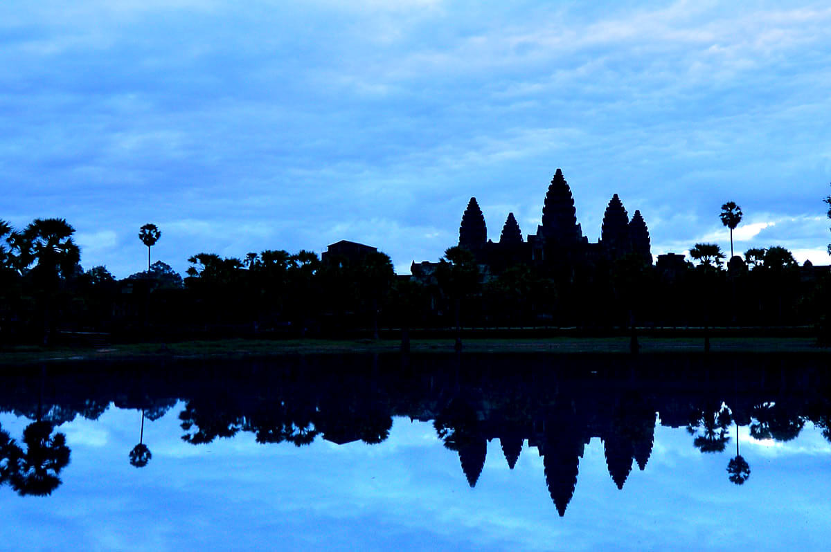 Angkor Wat am Morgen zur blauen Stunde