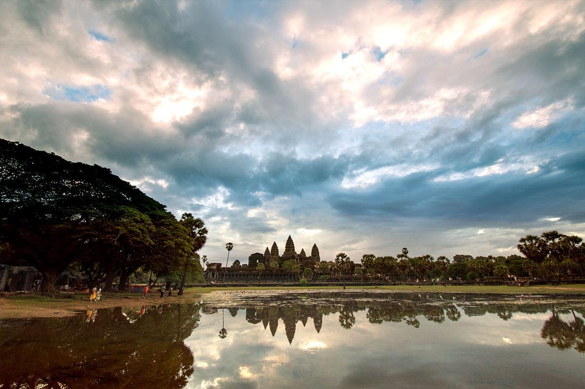 Angkor Wat - Sonnenaufgang Seerosenteich Norden
