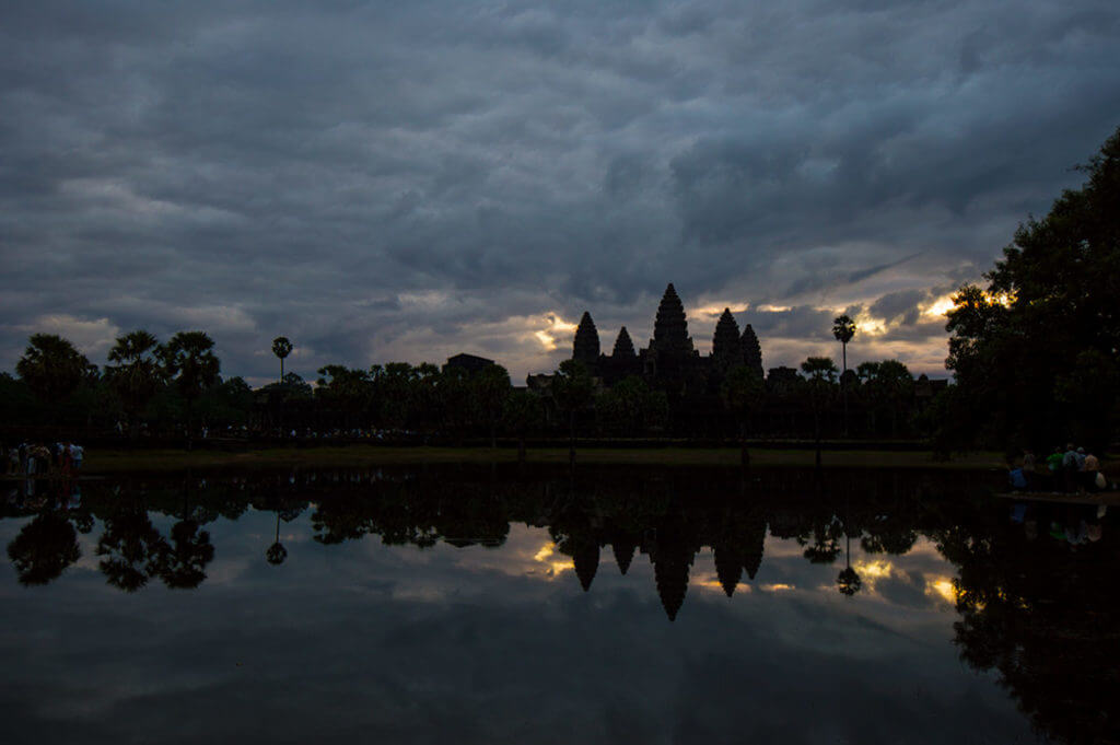 Angkor Wat - Sonnenaufgang Seerosenteich Süden