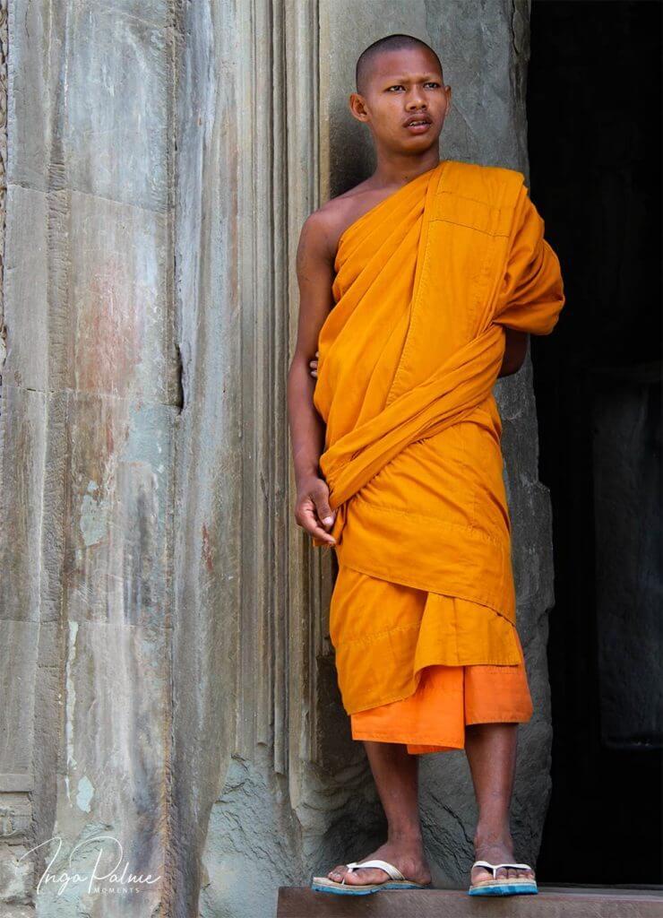 Angkor Wat - Mönch posiert