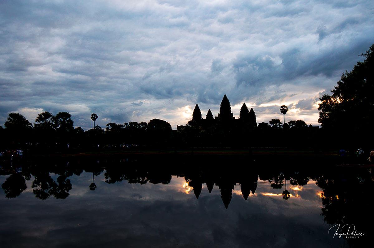 Angkor Wat - Sonnenaufgang, Wasserbecken im Süden - ISO 100