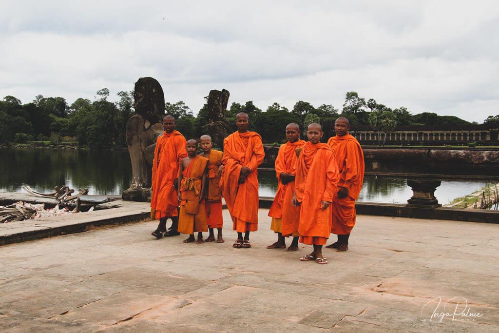 Mönche bei Angkor Wat