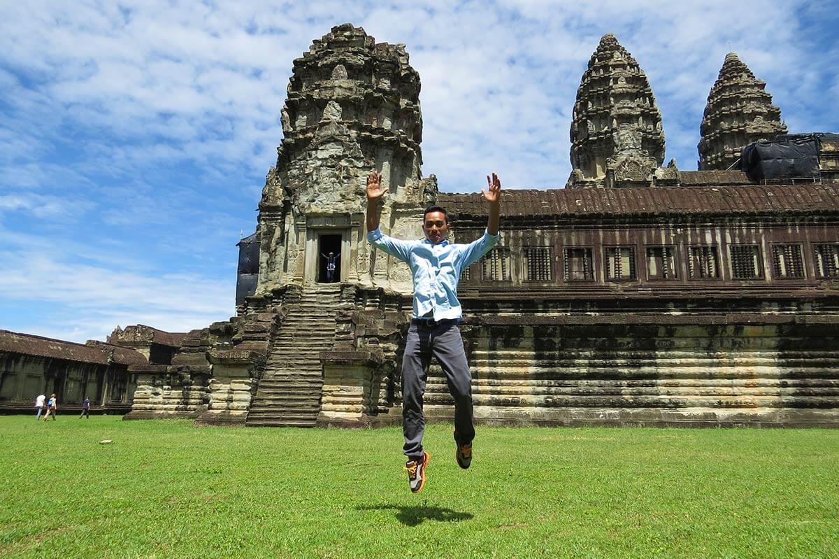 Angkor Wat Touristen, Kamnbodschaner