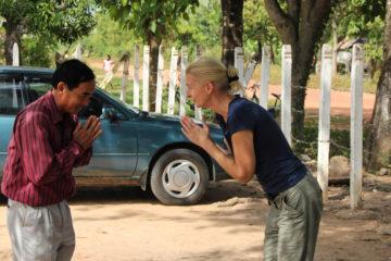 Begrüßung mit Sampeah in Kambodscha