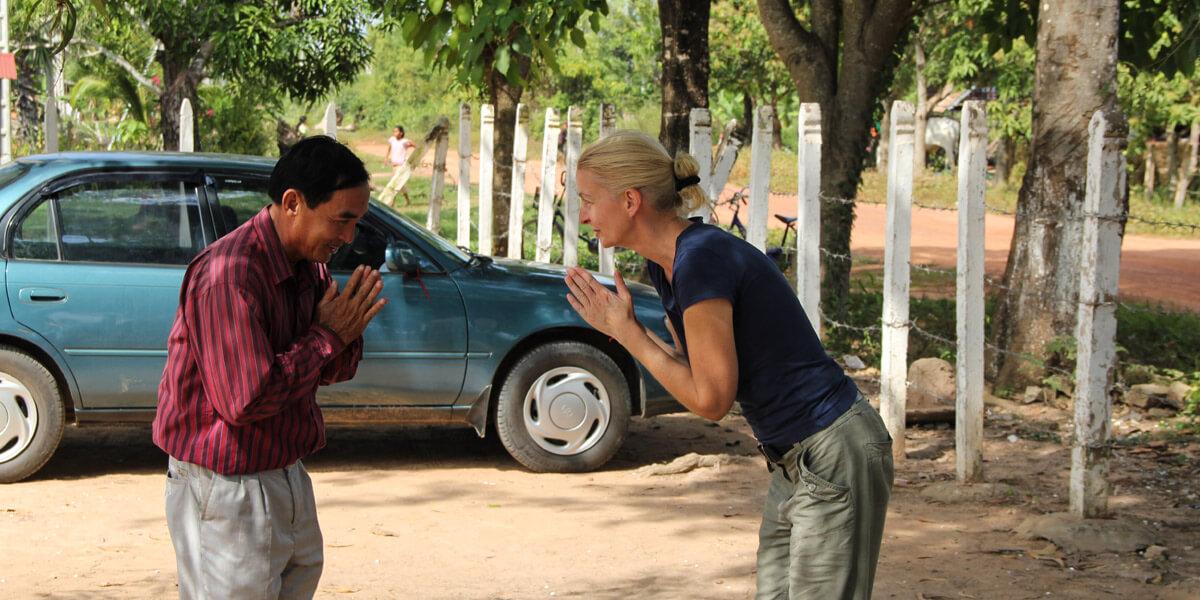 Khmer Sprache lernen: Begrüßung mit kleiner Unterhaltung