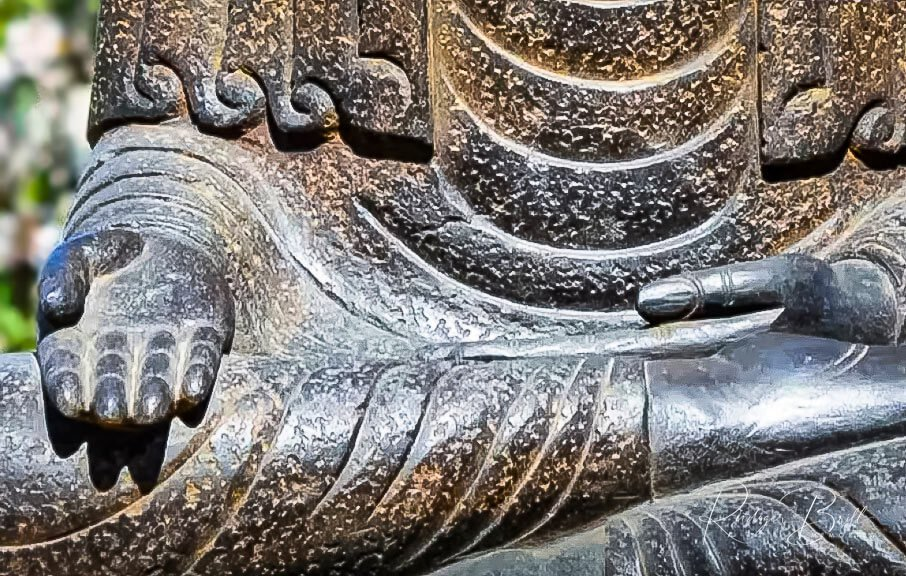 Der Vorak Mutrea - Buddha Geste