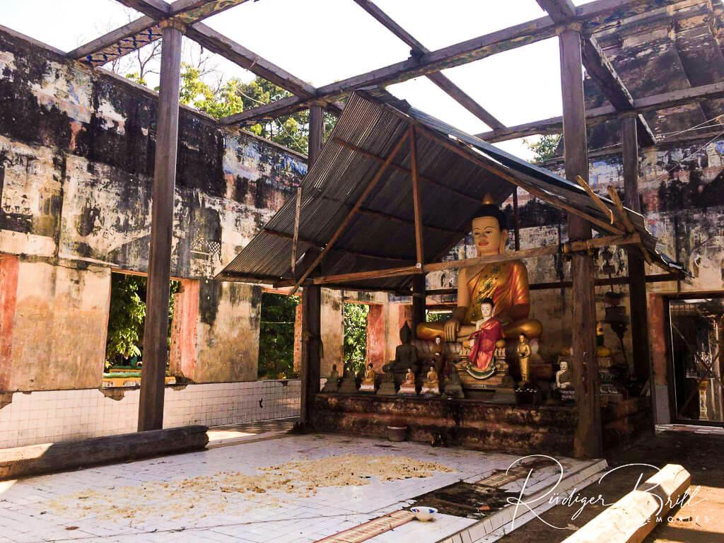 Das zerstörte buddhistische Kloster Wat Chedej nahe Siem Reap