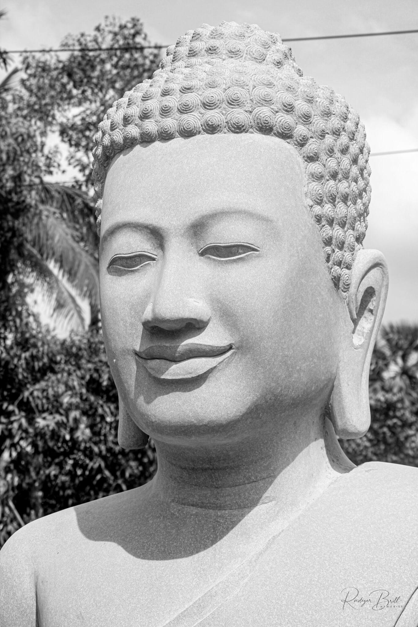 Meisterwerk eines Bildhauer in Kambodscha, ein Buddhakopf