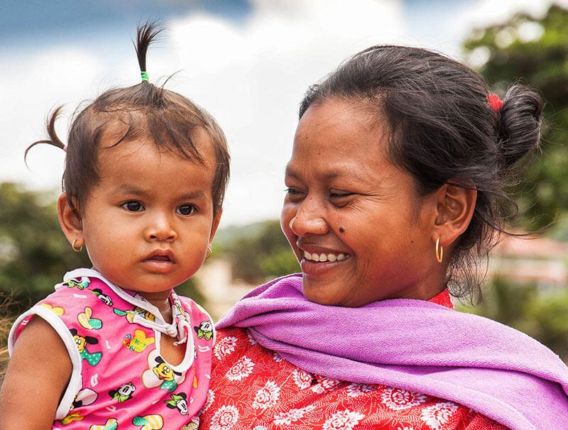 Mutter und Tochter in Kep, Foto: Nico Hartung