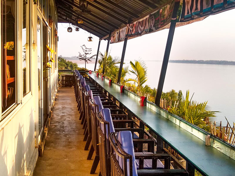 Restaurant Terrasse in Kratie am Fluss