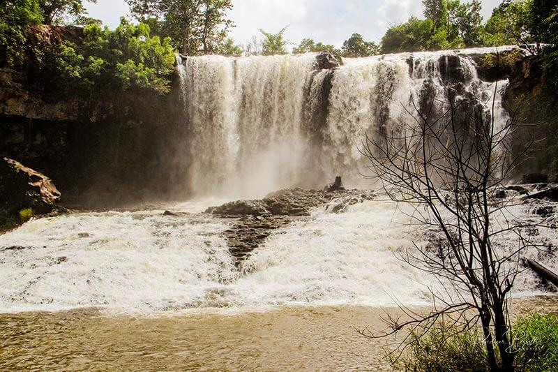 Wasserfall in Mondulkiri, Provinz in Kambodscha