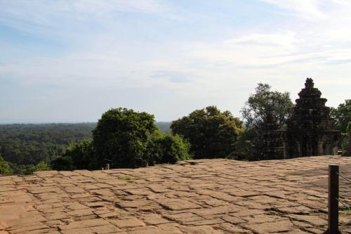 phnom-bakheng-ausblick-menschenleer
