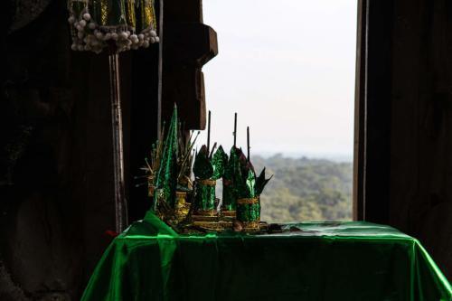 phnom-bakheng-buddhismus-zeremonie