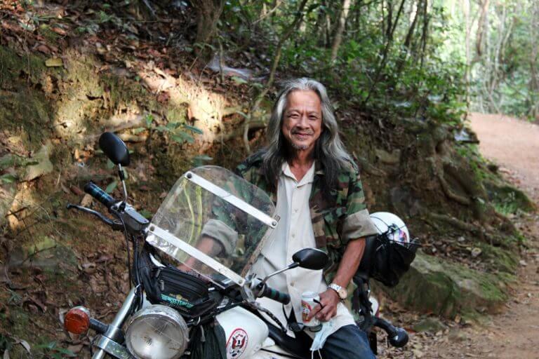 Mike on his shopper at Phnom Bakheng