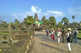 Tourists at the front of Angkor Wat