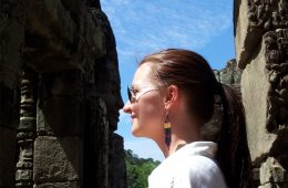 Nose by Nose at Angkor Thom