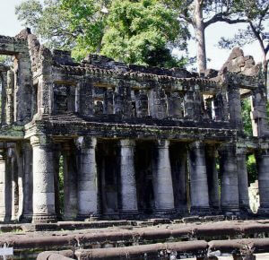 Preah Khan Temple - North-West to the Angkor Thom
