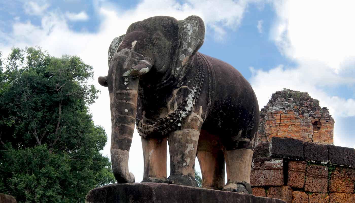Elefant: East Mebon - Angkor Temple, Cambodia