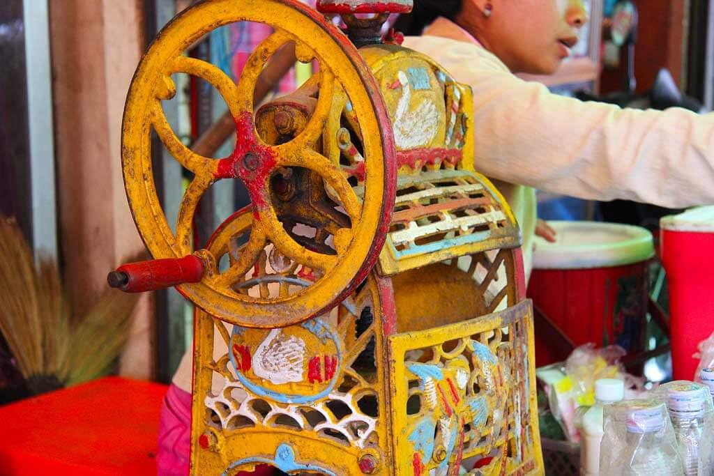 Grinding Ice Machine, Pshar Leu Market Siem Reap, Cambodia